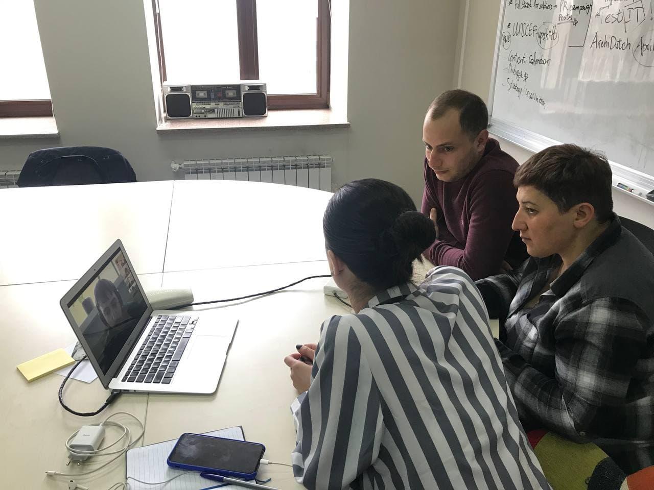 ԳՏԿ-ում և ՎՏԿ-ում «Full Stack ծրագրավորում» դասընթացի շրջանակում առցանց հանդիպումները շարունակվում են