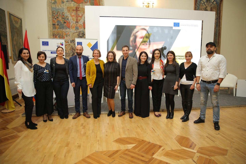 EU-SMEDA. մասնագիտական ուղղորդում է ստացել մոտ 3500 ընկերություն և ստարտափ